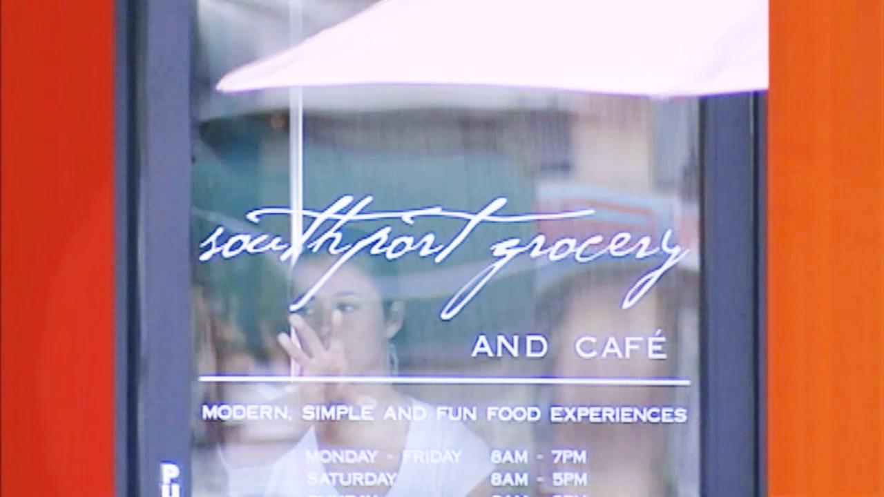 Restaurants Near Southport Chicago