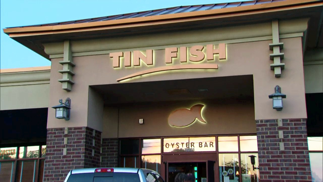 Tin fish tinley park restaurants check please wttw for Tin fish tinley park