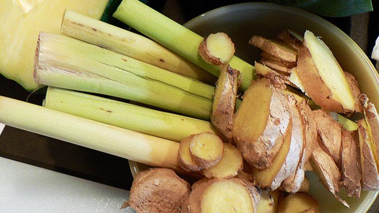 Ginger and Lemongrass Chicken