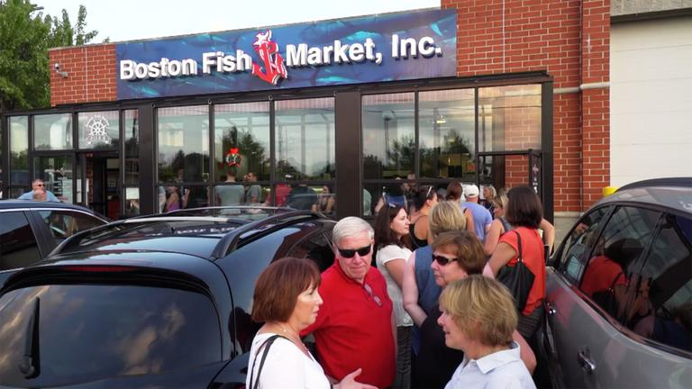 Boston fish market des plaines restaurants check for Fish market chicago