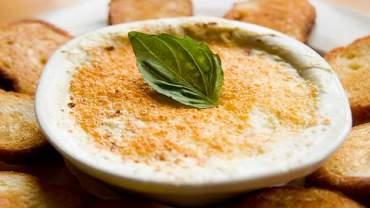 Baked Artichoke, Goat Cheese & Pesto Dip