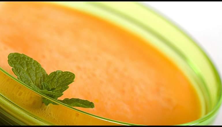 Cantaloupe Soup with Watermelon Garnish